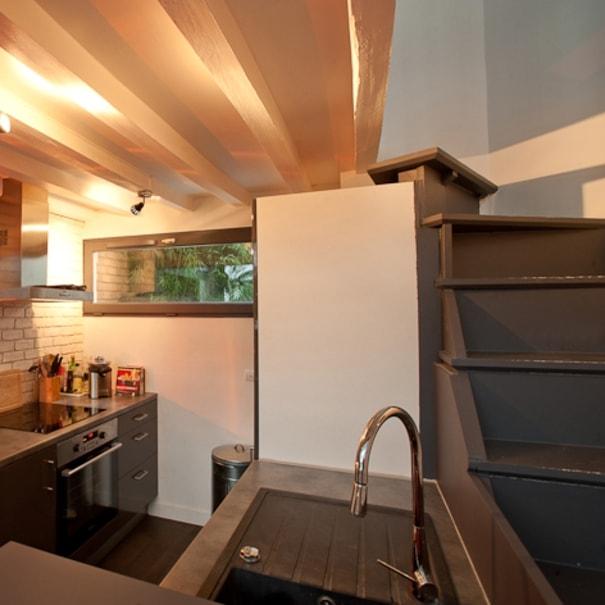 R novation remarquable d 39 un studio duplex for Duplex appartement atypique