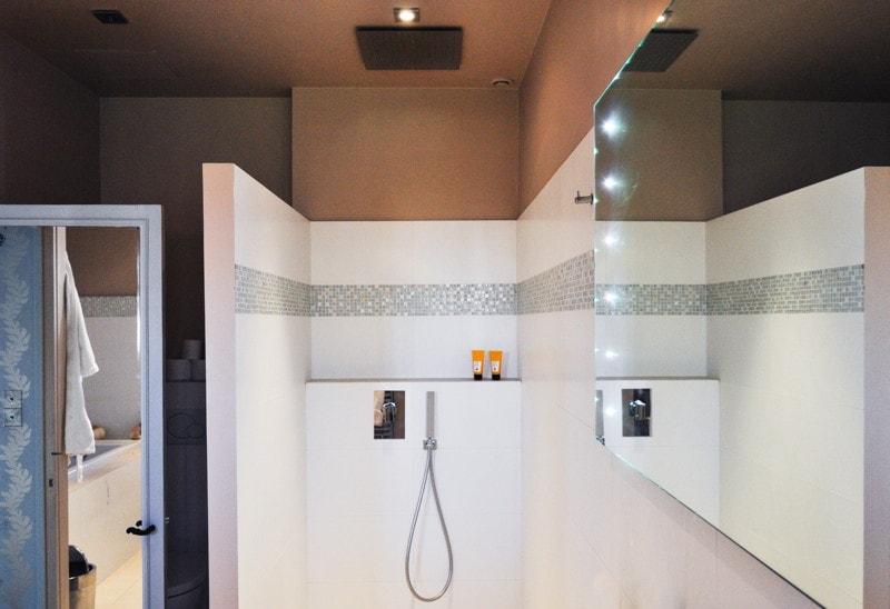 Rénovation de la salle de bain comprenant une douche à l'italienne
