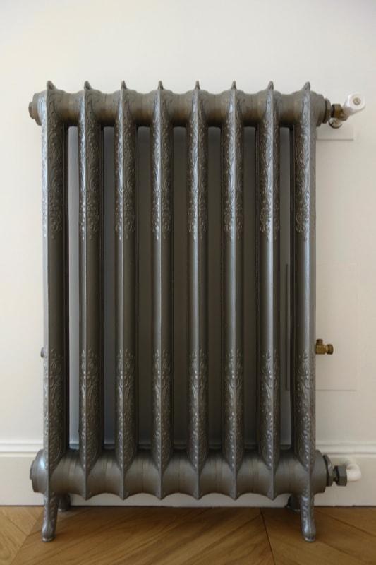 Installation de nouveaux radiateurs en fonte