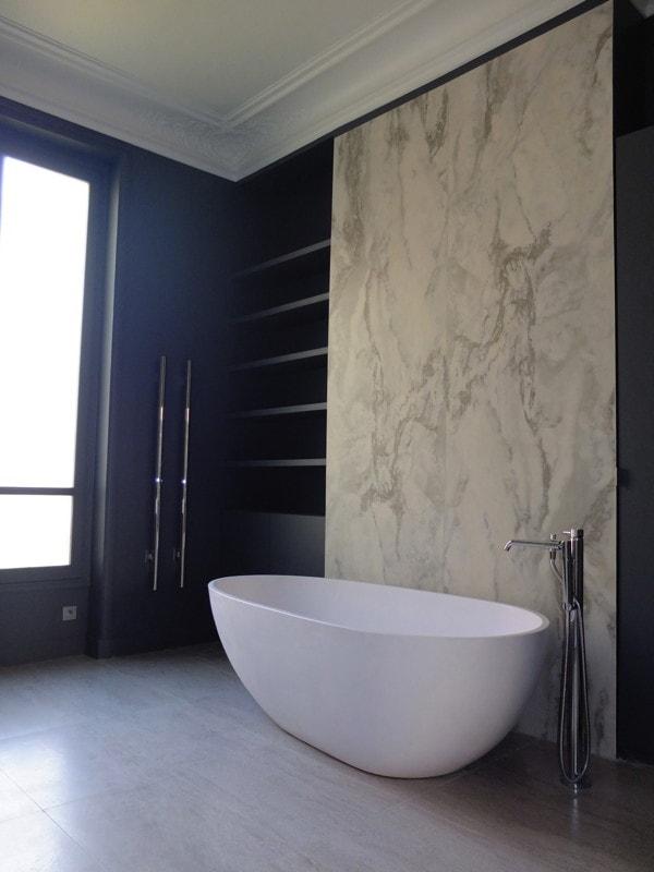 Salle de bain et marbres