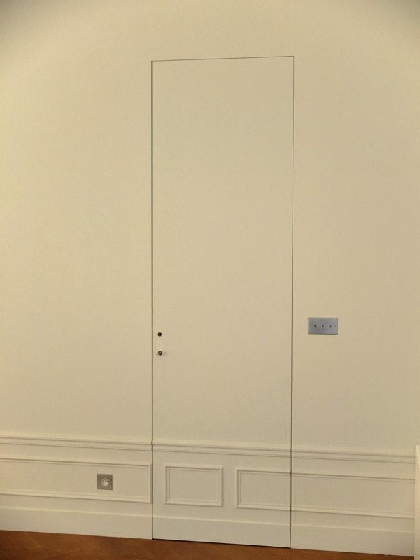 Système de porte invisible