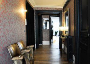 Travaux d'aménagement d'un salon dans un appartement parisien