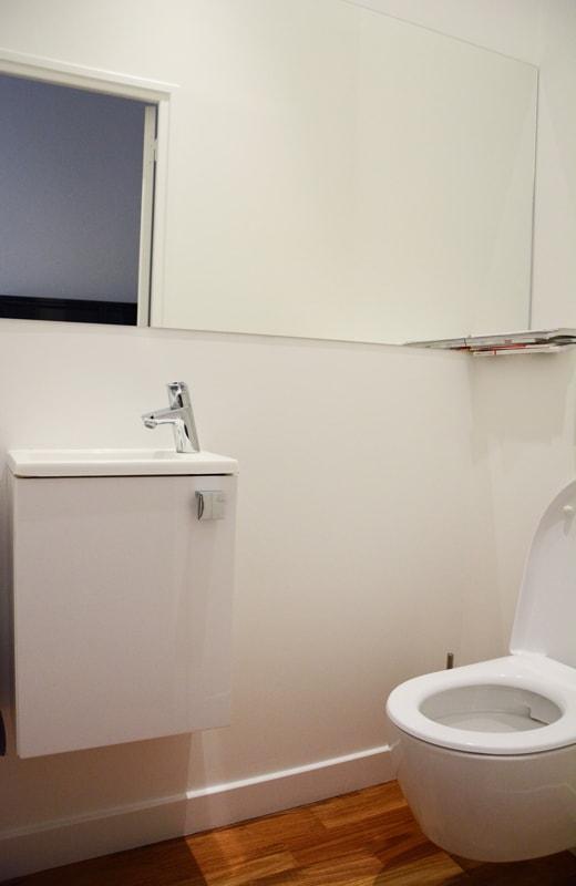 installation d un wc s par huggy. Black Bedroom Furniture Sets. Home Design Ideas