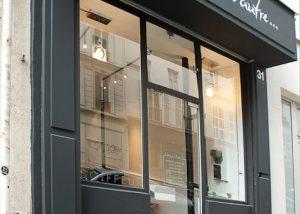 Travaux d'aménagement d'un salon de coiffure