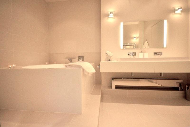 Travaux de rénovation dans la salle de bain
