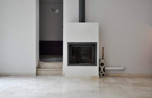 Installation d'un insert cheminée dans la maison