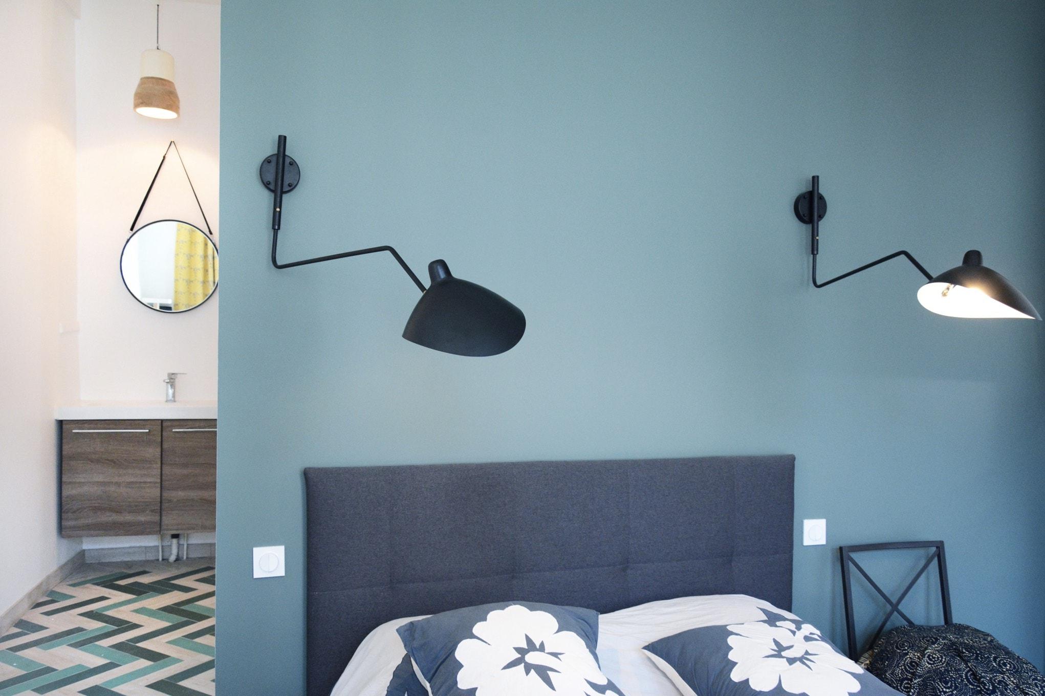 chambre parentale avec salle de bain attenante huggy. Black Bedroom Furniture Sets. Home Design Ideas