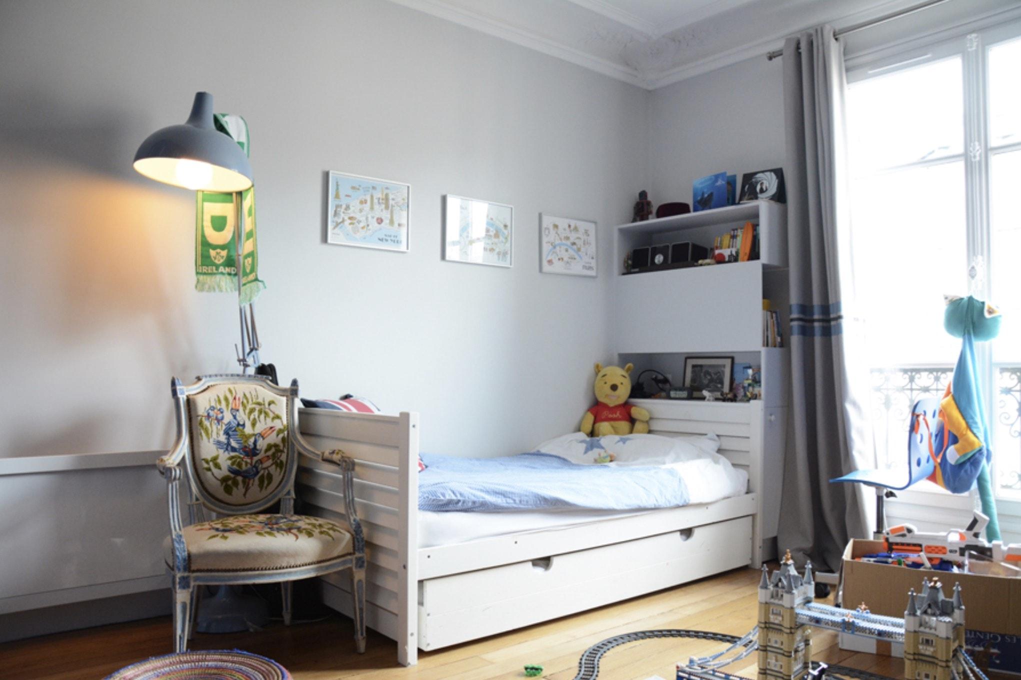 Chambre d'enfants - rénovation parquets et murs