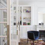 Portes vitrées en séparation du salon