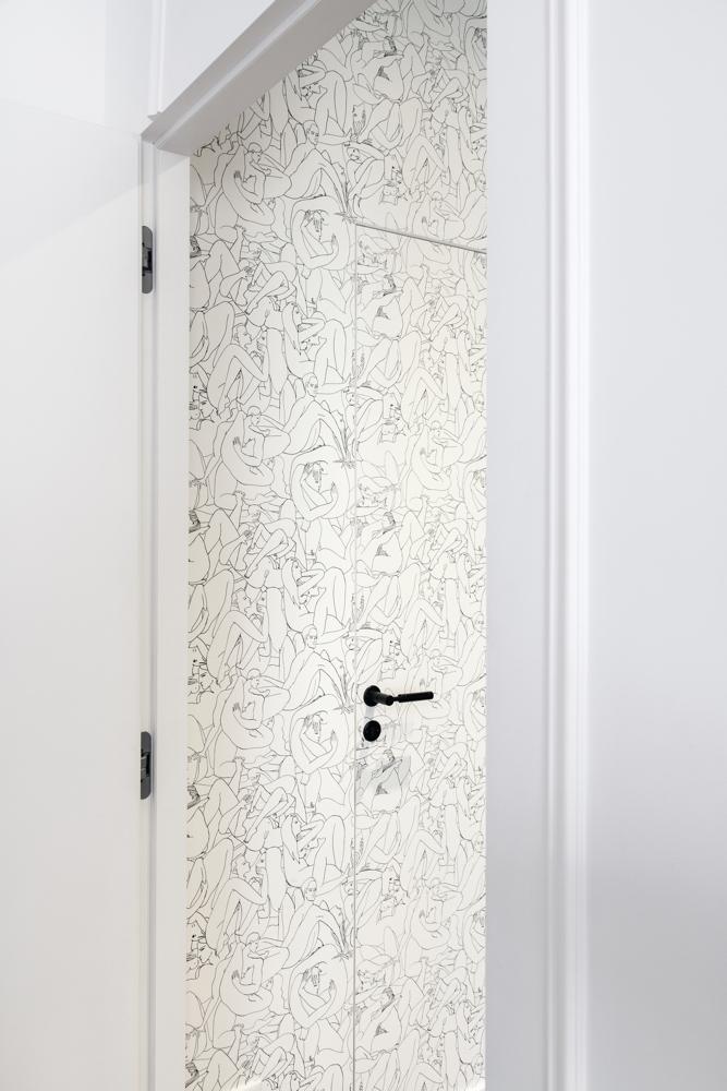 Mur avec du papier peint