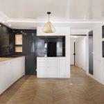 BKBS architectes ; vue large sur la cuisine / séjour