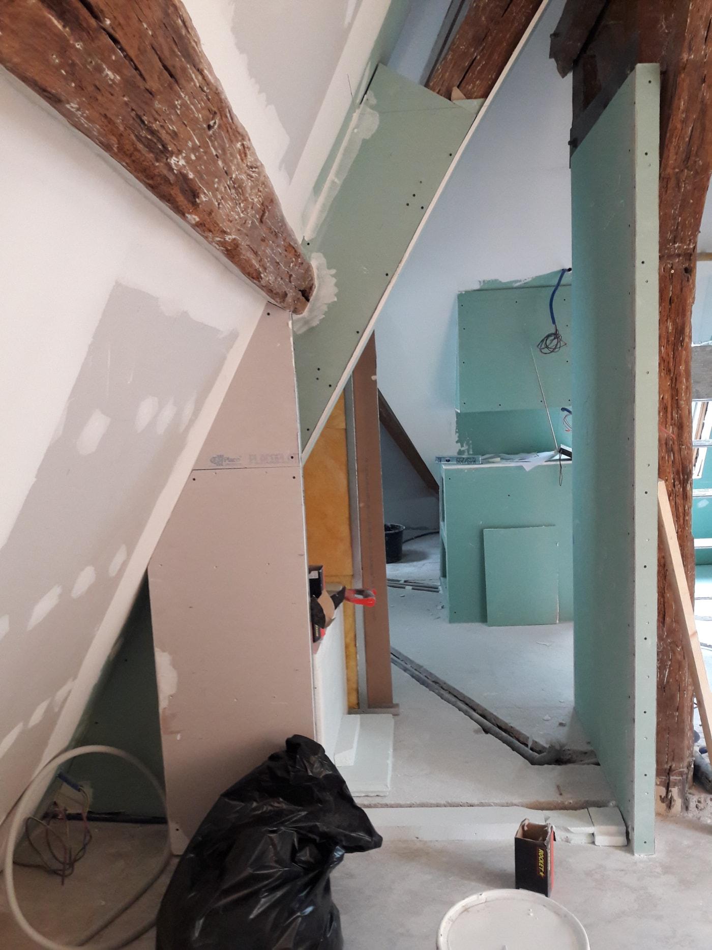 Montage des cloisons et murs en placo