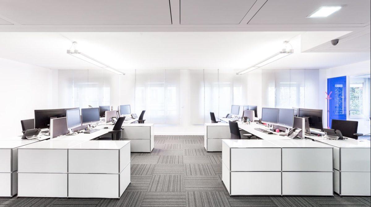 HUGGY ; rénovation d'appartement, travaux pour des bureaux et entreprises