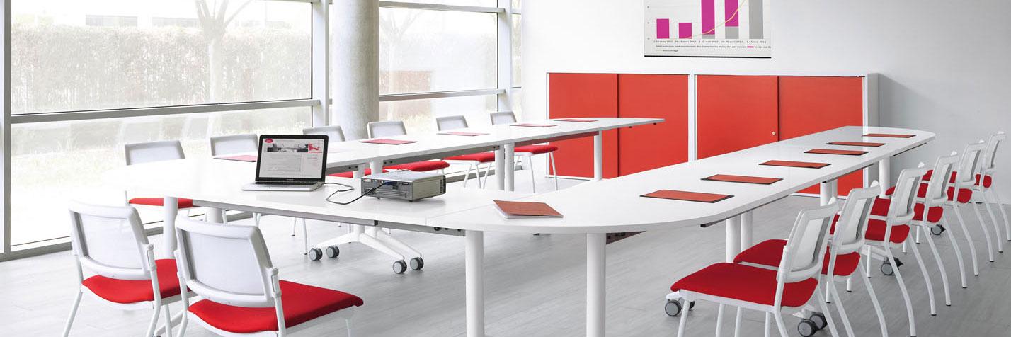 Mobilier pour salle de réunion en entreprise