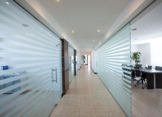Cloison de bureaux et aménagement de bureaux