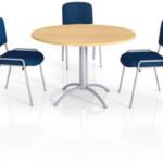 Tables de réunion à dégagement latéral